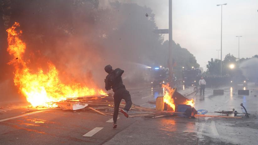 """""""Indymedia"""": Die Randale beim G20-Gipfel in Hamburg sind einer der Gründe, warum das Innenministerium """"linksunten.indymedia.org"""" verboten hat."""