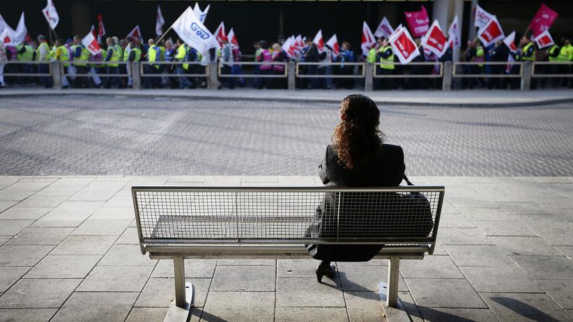 Sozialbericht: Ein Drittel der Wirtschaftsleistung für Sozialtransfers