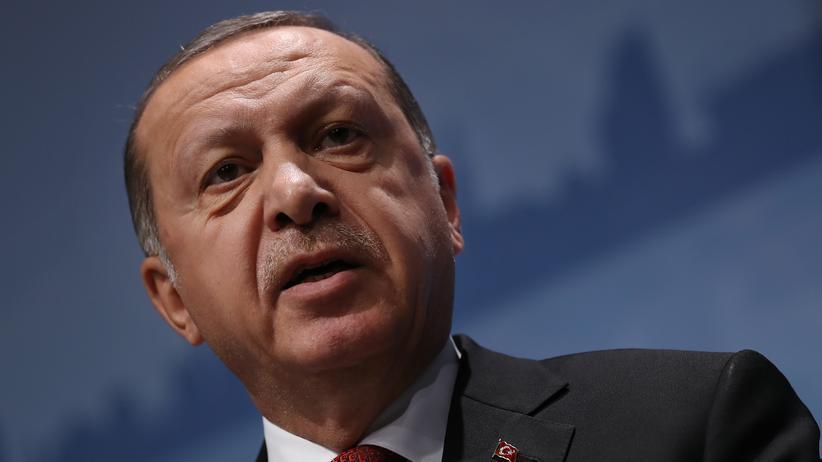 ARD-Deutschlandtrend: Drei von vier Deutschen befürworten Wirtschaftssanktionen gegen die Türkei.