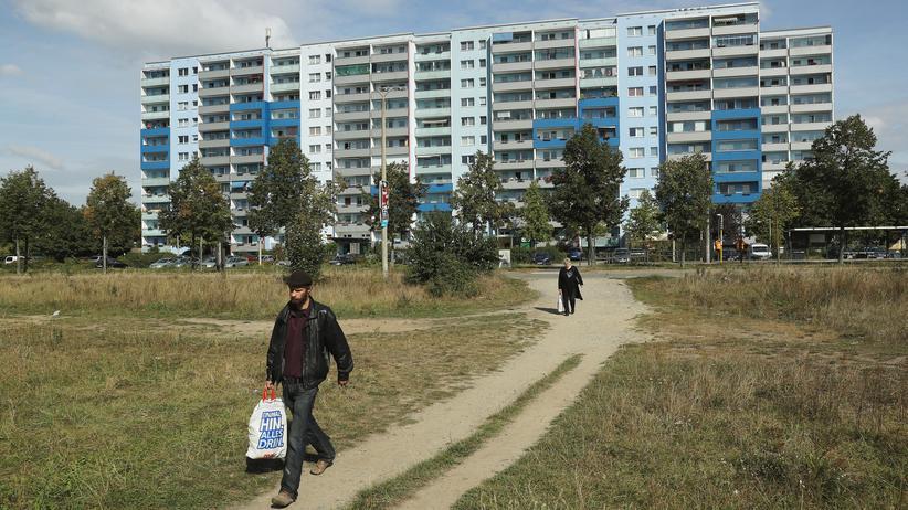 Bund-Länder-Finanzpakt: Berlin-Hellersdorf. Führt der neue Länderfinanzpakt dazu, dass die finanzschwache Hauptstadt noch abhängiger vom Bund wird?