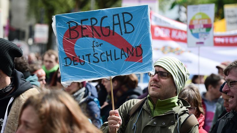 Bundestag: Auch falsche Politikmüdigkeit stärkt Populisten