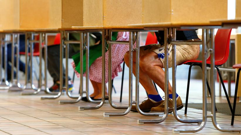 Wahlbeteiligung: Ein Wahllokal in München