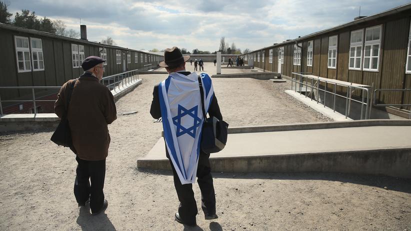 Berlin: Ein Verwandter eines Holocaust-Überlebenden besucht das Konzentrationslager Sachsenhausen.