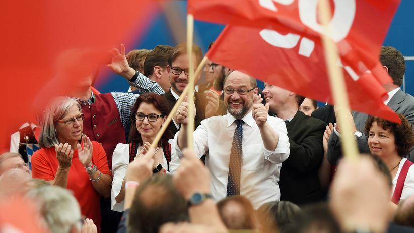 Martin Schulz: Martin Schulz auf dem Volksfest Gillamoos – nur zwölf Stunden nach dem Kanzlerduell