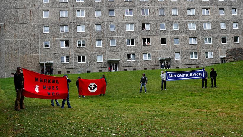 German election: Anti-Merkel protesters in Strasburg near Berlin