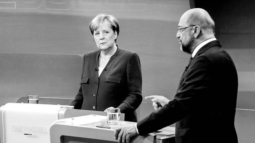 Wahlkampf: Kanzlerin Angela Merkel und ihr Herausforderer Martin Schulz während des TV-Duells