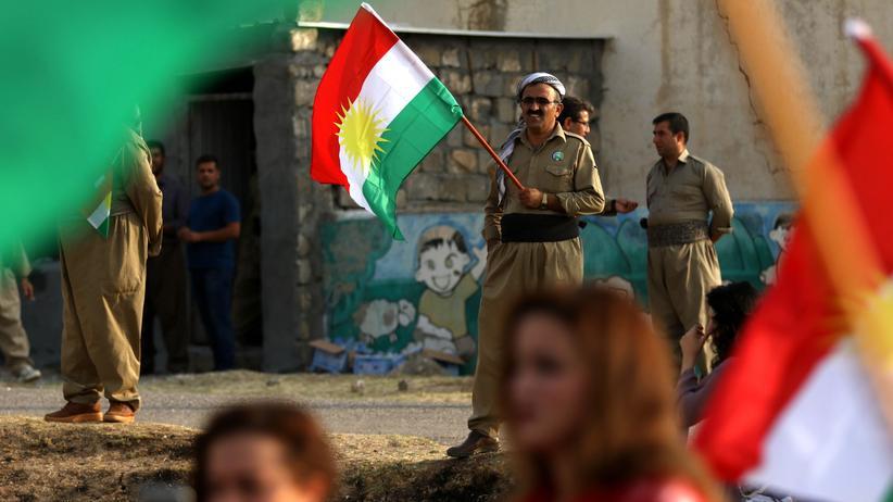 Kurden: Kurdische Peschmerga nördlich von Erbil im Irak, kurz vor dem Unabhängigkeitsreferendum