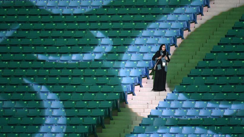 Saudi-Arabien: Frauen dürfen Sportstadien besuchen – in Begleitung