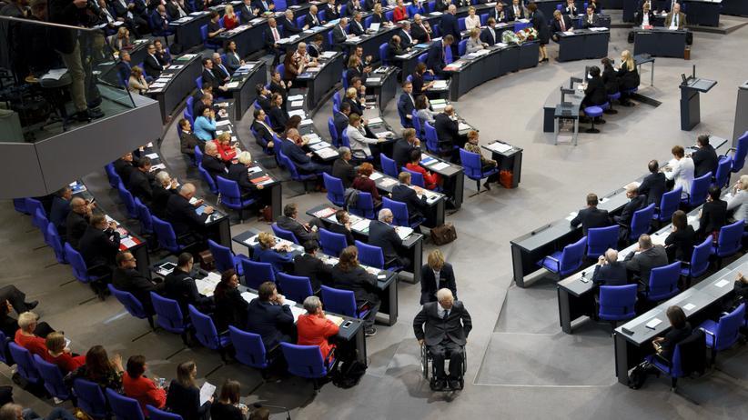 Größerer Bundestag: Wolfgang Schäuble im Bundestag