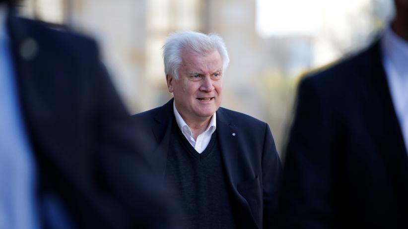 Horst Seehofer CSU Ministerpräsident Bayern Kritik