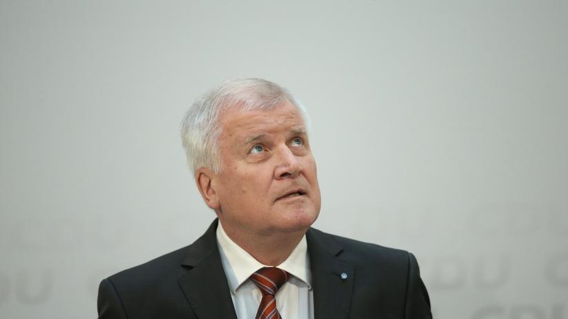 Horst Seehofer: Vertaktiert