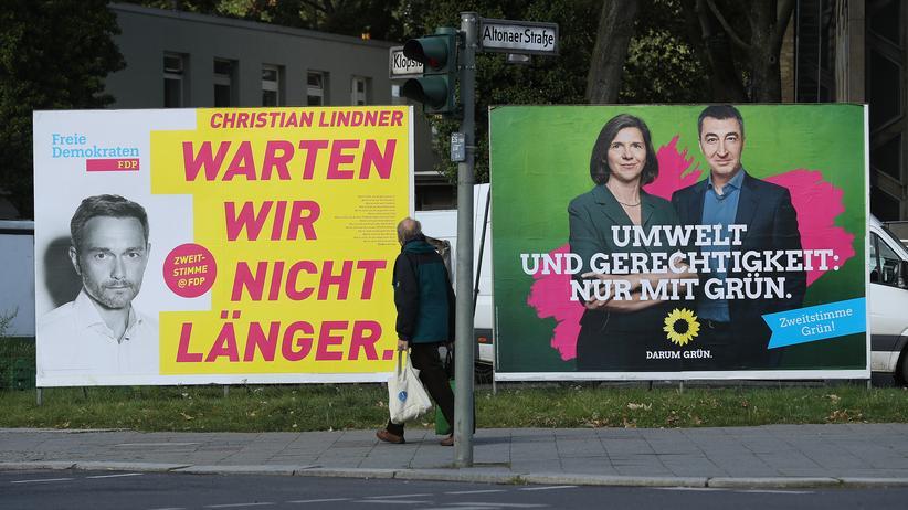 FDP und Grüne: Da waren sie noch vereint: Der FDP-Vorsitzende Christian Lindner und die Grünen Spitzenkandidaten Katrin Göring-Eckardt und Cem Özdermir auf Plakaten im Bundestagswahlkampf