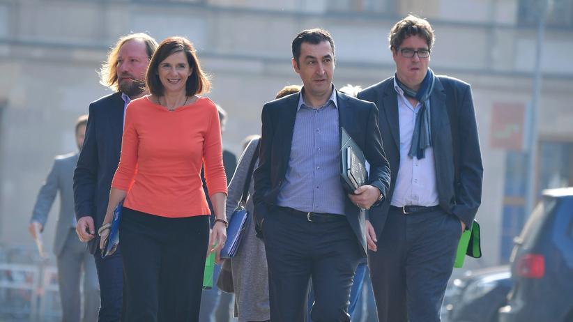 Regierungsbildung: Grüne, kurz nach der Bundestagswahl (v. l. n. r.):  Anton Hofreiter, Katrin Göring-Eckardt, Cem Özdemir, Michael Kellner (Polit-Manager der Grünen)