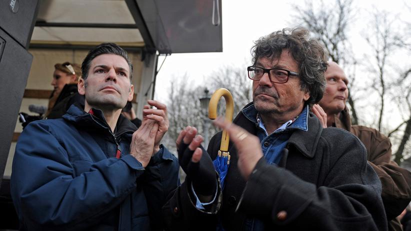 Die Linke: Ken Jebsen und der Linkenpolitiker Diether Dehm bei einer Demonstration 2014