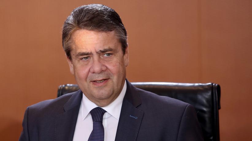 Regierungsbildung: Gabriel warnt vor Minderheitsregierung