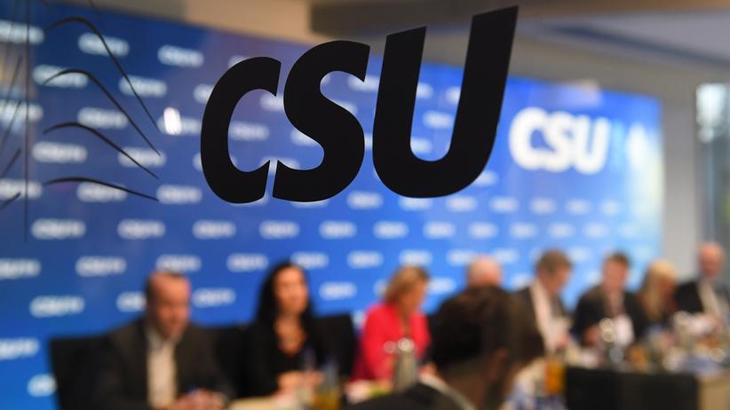 Parteivorstand: CSU stimmt für Koalitionsverhandlungen