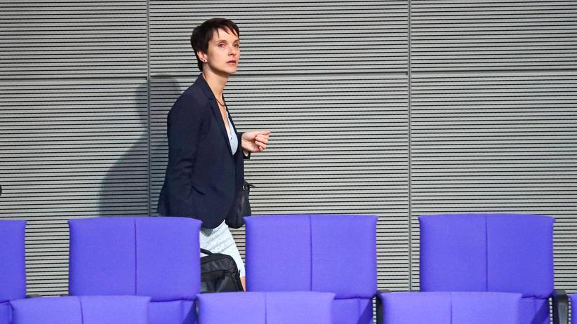 Meineid-Verfahren: Bundestag hebt Frauke Petrys Immunität auf