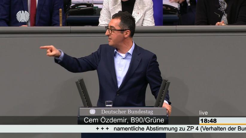 Deniz Yücel: Özdemir rechnet in Bundestagsdebatte mit AfD ab