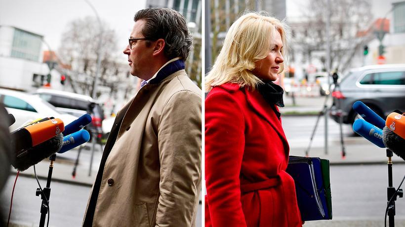 Große Koalition: Andreas Scheuer und Manuela Schwesig im Gespräch mit Journalisten