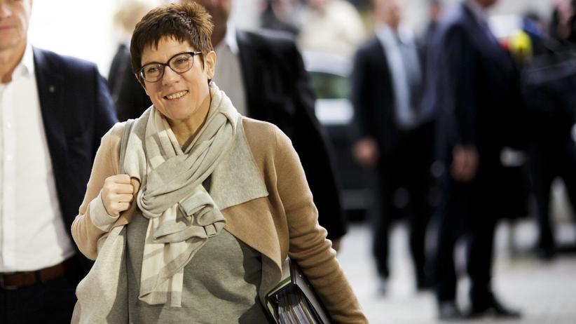 """Annegret Kramp-Karrenbauer: """"Eine gute und kluge Entscheidung"""""""