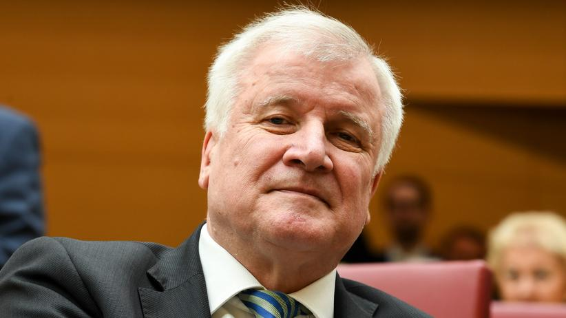 Horst Seehofer: Innenministerium will Plätze für Abschiebehaft aufstocken