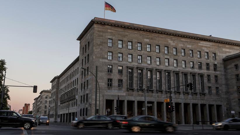 Jörg Kukies: Das Bundesfinanzministerium in Berlin