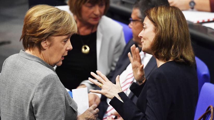 Schwangerschaftsabbruch: Kanzlerin Angela Merkel (CDU) und Justizministerin Katarina Barley (SPD)