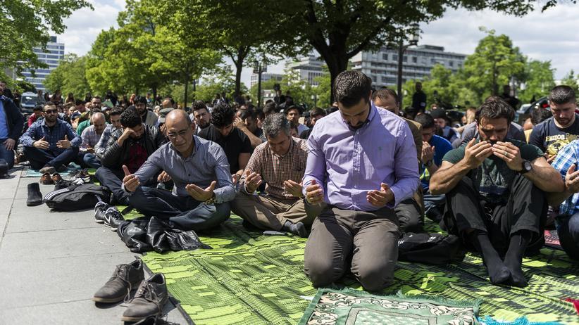 Islam-Debatte: Riexinger wirft Seehofer Hetze vor