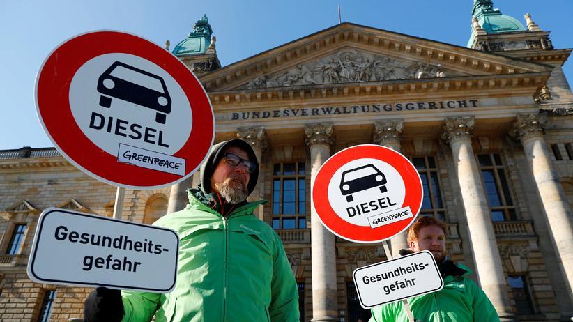 Diesel-Urteil: Verbraucherschützer fordern mehr Druck auf Autohersteller