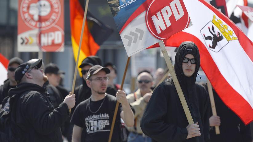 Bundesverfassungsgericht: Bundesregierung will Staatsfinanzierung der NPD beenden