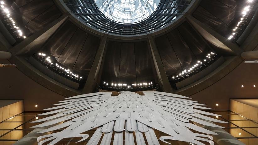Bundestagsverwaltung: Ostdeutsche sind in Führungspositionen unterrepräsentiert