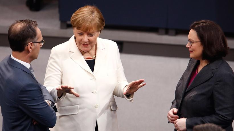 Asylstreit: Kanzlerin Angela Merkel (CDU) und Außenminister Heiko Maas (SPD) und SPD-Chefin Andrea Nahles