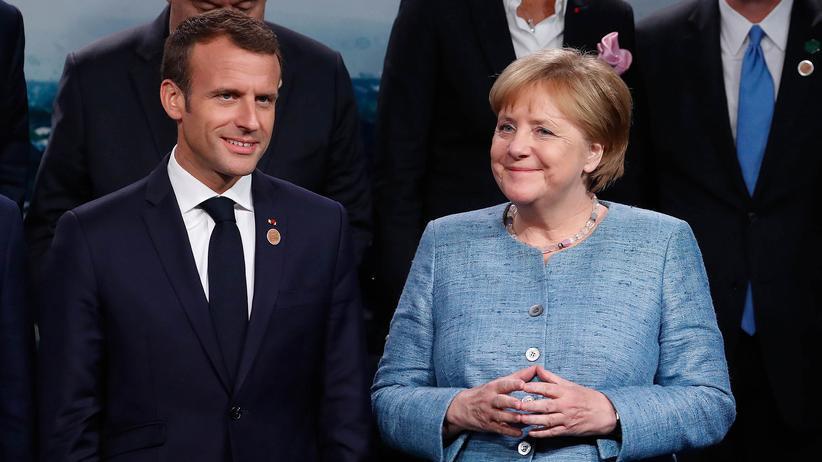 EU-Haushalt: Macron kommt Merkel bei EU-Reformen offenbar entgegen