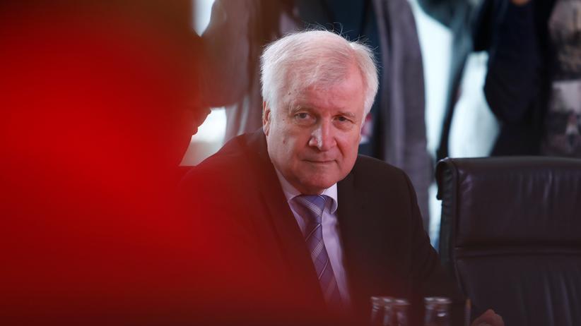 Horst Seehofer: CSU-Innenminister Horst Seehofer will im Asylstreit nicht nachgeben.