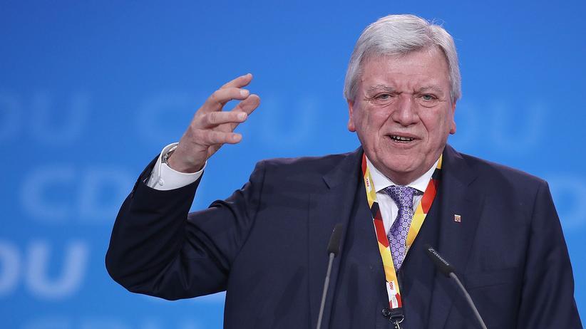 Unionsfraktion: Volker Bouffier (CDU) bei einer Parteiveranstaltung.