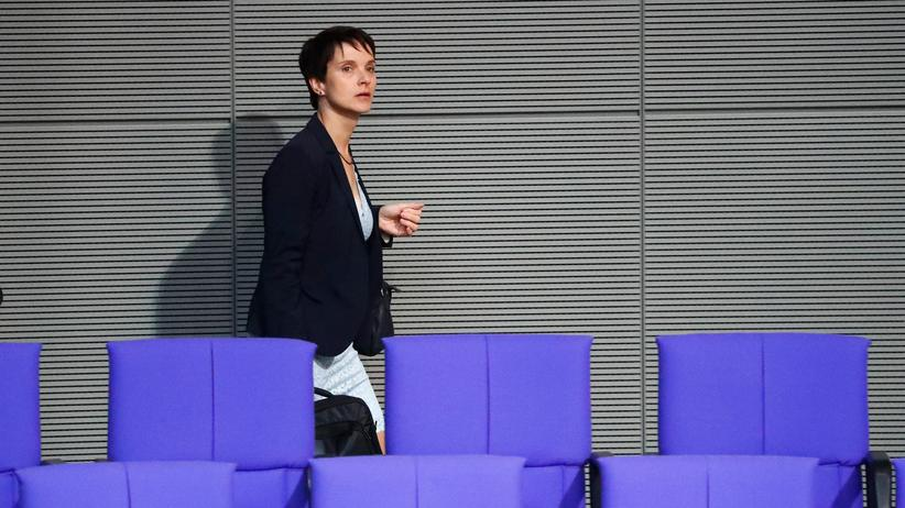 Verfassungsschutz: Frauke Petry im Bundestag