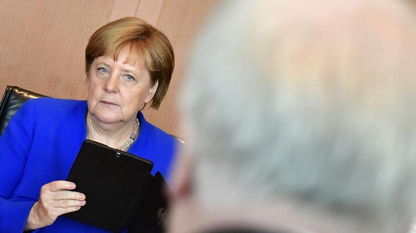 Bundesinnenminister: Merkel widerspricht Seehofers Migrationsäußerungen