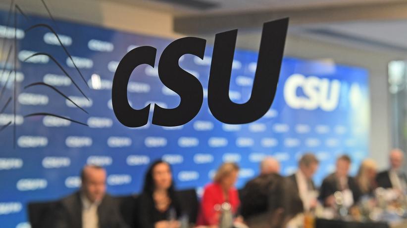 Bayern: CSU-Präsidium will Koalitionsverhandlungen mit Freien Wählern