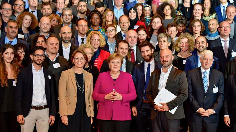 Angela Merkel : Große Gesten verändern mehr als Sacharbeit