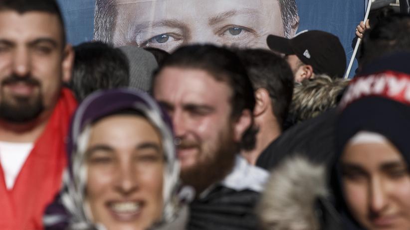 Deutschtürken: Türkische Gemeinde kritisiert Ditib und Erdoğan