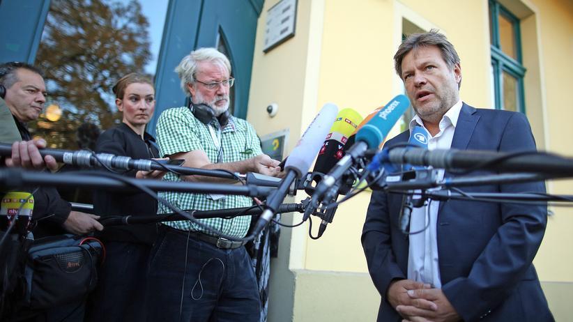 Die Grünen: Robert Habeck kritisiert Merkels Flüchtlingspolitik