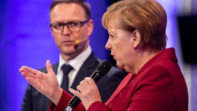 """Angela Merkel in Chemnitz: """"Ich weiß, dass mein Gesicht polarisierend ist"""""""