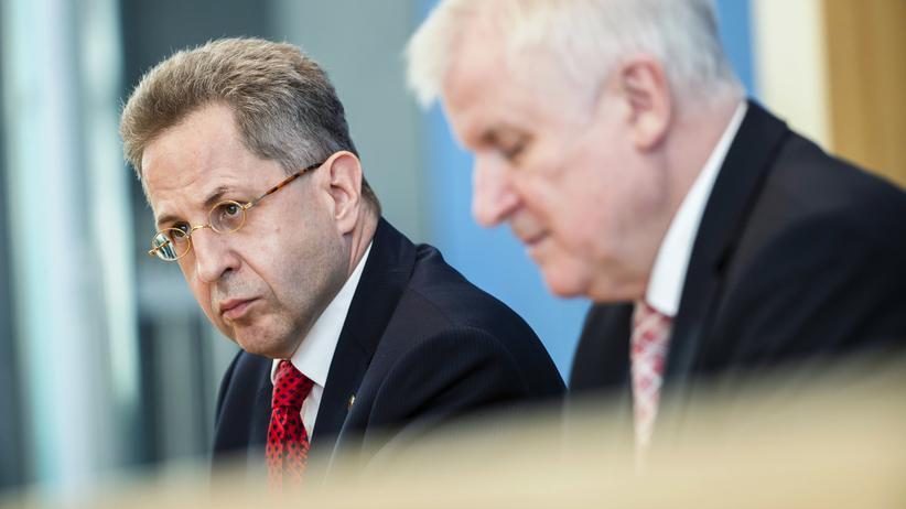 Verfassungsschutzpräsident: Horst Seehofer schickt Maaßen in einstweiligen Ruhestand