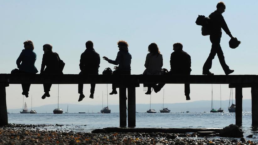 Sozialversicherungen: Höhere Beiträge für Kinderlose – gerecht oder diskriminierend?