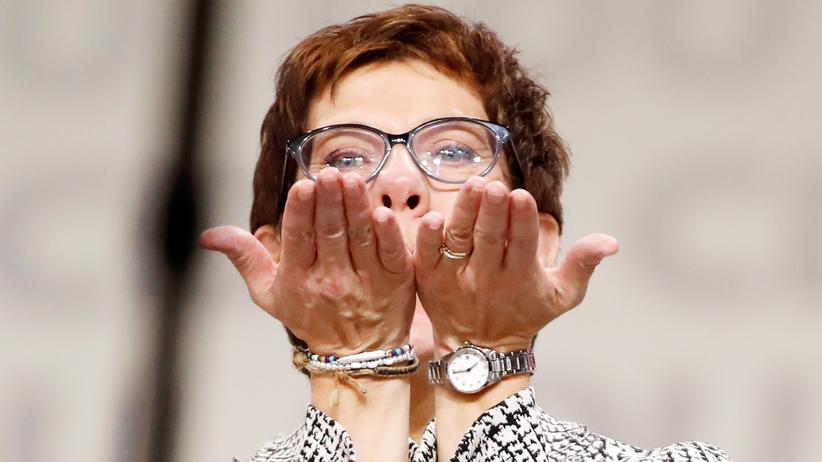 CDU-Parteitag: Die neue CDU-Vorsitzende Annegret Kramp-Karrenbauer nach ihrer Wahl