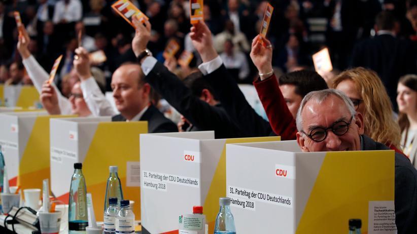 CDU: Live: Die Bewerbungsreden der Kandidaten