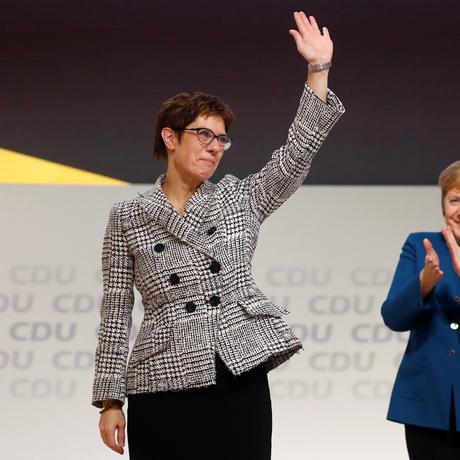 CDU: Annegret Kramp-Karrenbauer ist neue CDU-Chefin