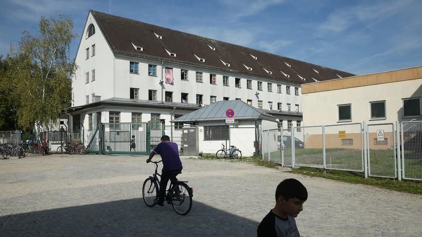 Bamf: Asylverfahren dauern kürzer