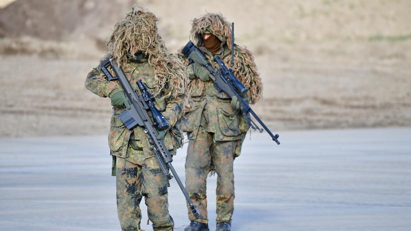 Verteidigungspolitik: Deutschland verspricht Nato höhere Verteidigungsausgaben