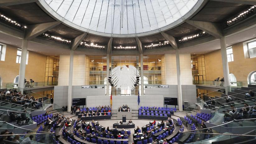 Schwangerschaftsabbrüche: Eine Mehrheit der Bundestagsabgeordneten hat für die Reform des Paragrafen 219a gestimmt.
